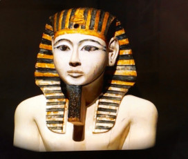 Guided by the Museum Egyptologist: Hungry from beyond the Grave. A Menu for Body and Spirit.