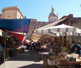 Labyrinth of the Senses: Markets of Palermo Walking Tour