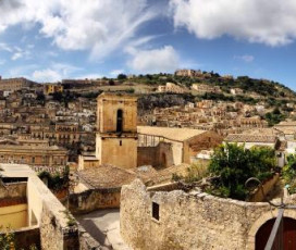 Upon the roofs of Modica with Siciliando